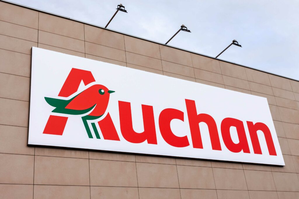 CARREFOUR ENDS DEAL TALKS WITH AUCHAN AFTER €21.50 PER SHARE OFFER IS DECLINED